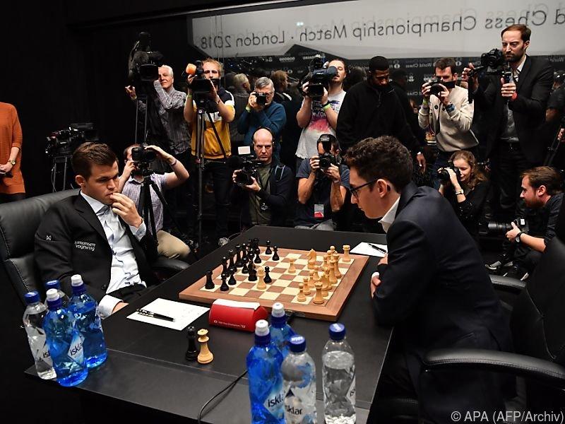 Auch achte Partie der Schach-WM in London endete remis