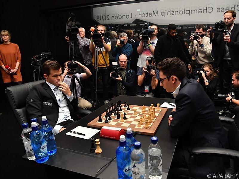 Das Schach-Duell zwischen Carlsen und Caruana geht weiter