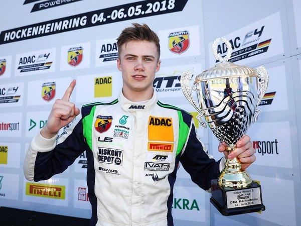 Mick Wieshofer (AUT) bei seinem ersten Sieg in der ADAC Formel 4 am Hockenheimring 2018