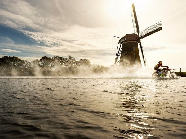 Das härteste Strand-Rennen des Planeten feiert sein Comeback in Scheveningen, Den Haag