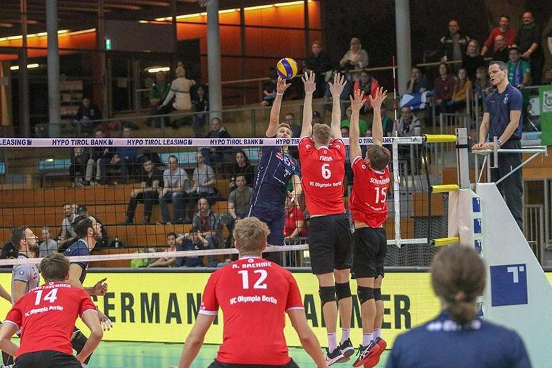 Klarer Sieg der AlpenVolleys gegen VCO Berlin