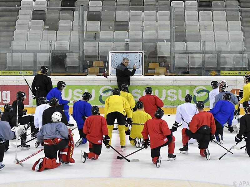 Teamchef Bader geht mit einer jungen Mannschaft in das Turnier
