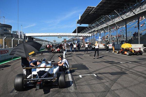 ADAC Formel 4 am Lausitzring