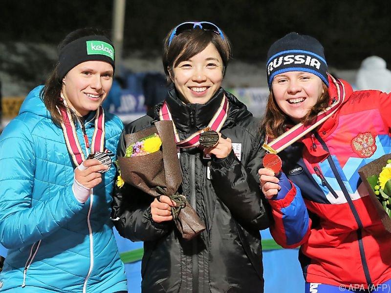 Herzog (li.) hatte erfolgreiche Weltcup-Bewerbe in Japan