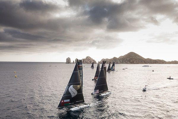 Die Segelflotte der Extreme Sailing Series 2018 vor Los Cabos
