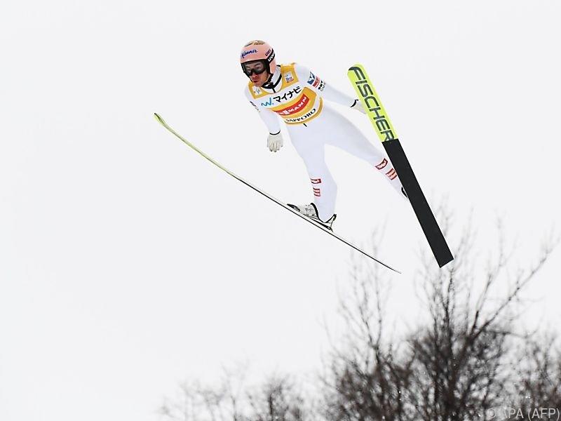 Der Salzburger gewann den Großschanzenbewerb in Sapporo