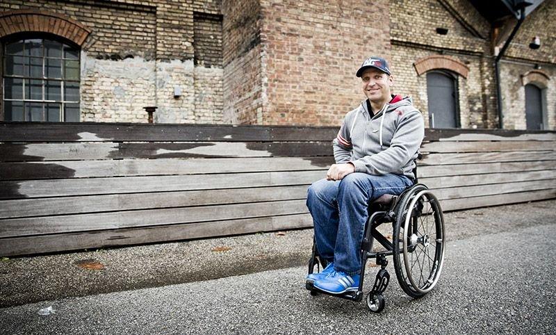 Reini Sampl – ein Rollstuhfahrer im Rennauto