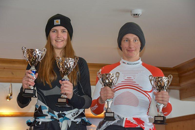 Die Tagessieger des 4-Bezirke Super G: Sarah Prantl (SC Sölden) und Lukas Schranz (SK Nauders)