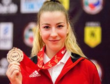 VIZE-Weltmeisterin Juniorinnen